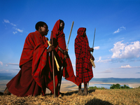 Image_0039.tanzania.ngorongoro.masai_at_the_edge_of_the_ngorongoro